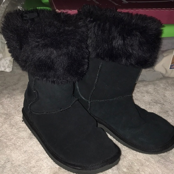 American Eagle Outfitters Shoes - American Eagle black boots